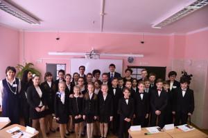 Глава Рособрнадзора рассказал пятиклассникам, как успешно сдавать экзамены